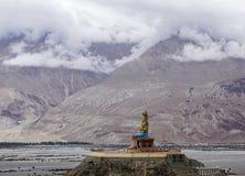Maitreya菩萨雕象在拉达克,印度 免版税库存照片