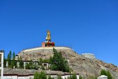 Maitreya Bouddha dans Ladakh, Inde Photographie stock libre de droits