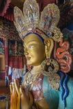Maitreya buddha i thikseykloster: sidosikt Arkivfoto