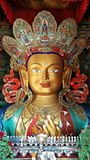 Maitreya Buddha på den Thiksey kloster, Ladakh, Indien Royaltyfria Bilder