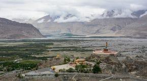 Maitreya Buddha statua w Ladakh, India zdjęcie stock