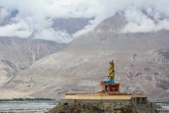 Maitreya Buddha statua w Ladakh, India obraz stock