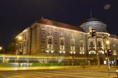 Maius di collegio alla notte durante l'inverno fotografia stock libera da diritti