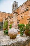 Maj 2013: monaster Agia Triada Tsagaroli w Chania regionie na wyspie Crete, Grecja Obrazy Royalty Free