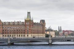 21 MAJ, 2016 Sztokholm, SZWECJA - Sceniczna panorama Stary Holuje Obrazy Stock