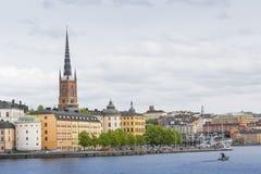 21 MAJ, 2016 Sztokholm, SZWECJA - Sceniczna panorama Stary Holuje Zdjęcia Stock