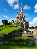 Maj 24th 2015: Disneyland Paris slott Royaltyfri Foto