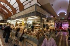 Maj 20th, 2017, korek, Irlandia - angielszczyzny Wprowadzać na rynek, miejski jedzenie rynek w centre korek Obrazy Stock