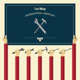 Maja 1st święta pracy Międzynarodowy plakat Pracownik ręki mienia narzędzia Obraz Stock