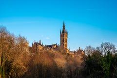 Majestätische Türme von theUniversity von Glasgow am späten Abend Sun stockfotos