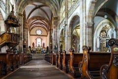 Majestätischer Innenraum der Abtei-Kirche von St Peter und von Saint Paul Stockfotos