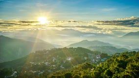 Majestätischer Sonnenaufgang des Bergwerk-Ansicht-Parks Lizenzfreies Stockfoto