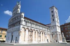 Majestätisk kyrka av San Michele in foro i staden Lucca, Italien Arkivfoton