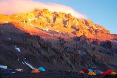 Majestätisk solnedgång på den Aconcagua nationalparken Arkivbilder
