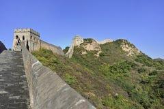 Majestätisk stor vägg på Jinshanling som 120 KM är nordostlig från Peking Royaltyfri Fotografi