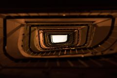 Majestätisk trappuppgång i Thessaloniki, Grekland royaltyfri fotografi