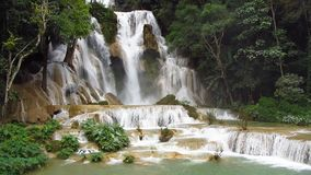 majestätisk vattenfall arkivfilmer
