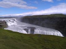majestätisk vattenfall arkivfoto