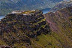 Majestatyczna halna grań na chmurzącym dniu w Szkockich średniogórzach Zdjęcia Stock