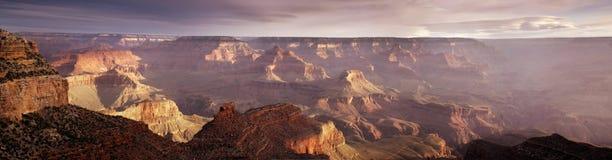 Majestatycznego Panoramicznego wschodu słońca obręcza Uroczystego jaru Południowy park narodowy Arizona obrazy royalty free