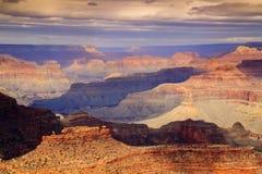 Majestatyczny Panoramiczny Sceniczny Południowy obręcza Uroczystego jaru park narodowy Arizona obrazy royalty free