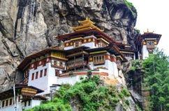 Majestatyczny Taktsang monaster Zdjęcia Royalty Free