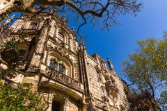Majestatyczny widok z ozdobnym pałac Regaleira i pięknym ogródem, Sintra obrazy royalty free