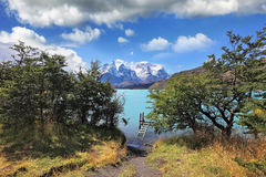 Majestic lake and glaciers Royalty Free Stock Photo