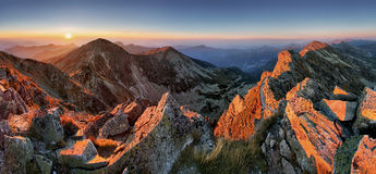 Majestic sunset in autumn mountains landscape Stock Photography