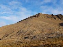 Majestueus en dromerig berglandschap op svalbard royalty-vrije stock afbeeldingen