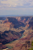 Majestueus Uitzicht van de Grote Canion bij Schemer Royalty-vrije Stock Foto's