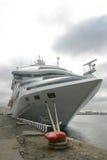 Majestueus wit schip stock afbeeldingen