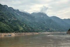 Majestueuze Drie Kloven en Yangtze-Rivier in Hubei-provincie in China royalty-vrije stock afbeeldingen