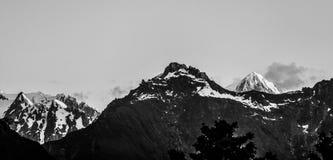 Majestueuze hoge pieken van Zuidelijke Alpen bij zonsondergang, Nieuw Zeeland Stock Fotografie