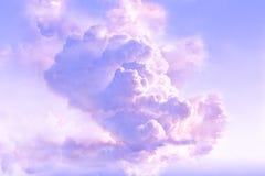 Majestueuze wolken in de atmosfeer Royalty-vrije Stock Foto's
