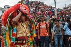 Majipa Lakhey danst in Indra Jatra in Katmandu, Nepal Stock Afbeeldingen