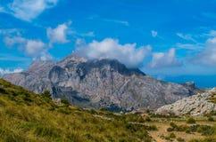 Major de Puig em GR 221 em montanhas de Tramuntana, Mallorca, Espanha Imagem de Stock Royalty Free