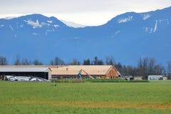 Major Farm Building Construction en vallée photos libres de droits