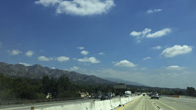 Major Highway Traffic en Sunland-Tujunga, CA Foto de archivo libre de regalías