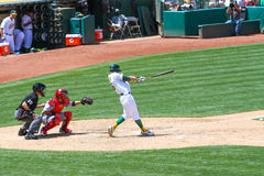 Major League Baseball - Josh Reddick Swings foto de archivo