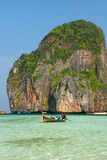 Majowie zatoka na Phi Phi Leh wyspie w Krabi prowinci, Tajlandia Zdjęcie Stock