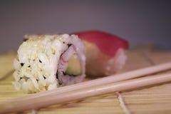 mak jedzenie sushi Obraz Royalty Free