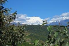 Makaluberg in het Himalayagebergte, grens van Nepal en China stock fotografie