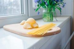 Makaron i spaghetti uncooked Fotografia Royalty Free