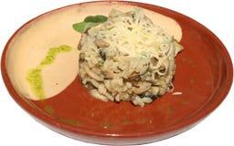 Makaron z pieczarkami, serem i ziele, Obrazy Stock
