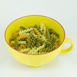 Makaroni eller pasta som är klara för att laga mat Arkivbild