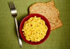 Makaroni och ost Arkivbilder