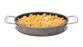 Makaroni och ost i en oval panna Royaltyfri Foto