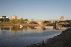 Makarovsky桥梁在市叶卡捷琳堡 免版税库存照片