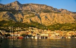 Makarska на заходе солнца Стоковые Изображения